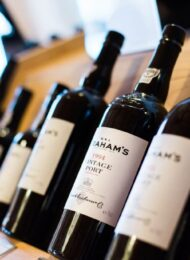 visual wine branding: how to brand a wine business